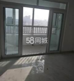 东阿龙腾家园3室2厅1卫120平简单装修