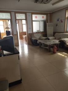 东阿县3室2厅1卫119m²精装修