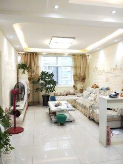 东阿汇景国际3室2厅1卫113m²精装修二手房出售