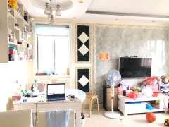 东阿名仕丽都3室2厅1卫97m²精装修房屋出售