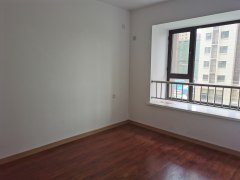 东阿金域豪庭  一楼带小院,三室112平房屋出售
